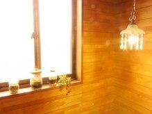 隠れ家的サロン ヒーリングハウス ポロカ(poloka)の雰囲気(かわいらしい観葉植物がお出迎え◎)