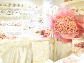ローズクイーン(Rose Queen)(北海道札幌市白石区)