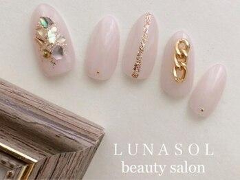 ルナソル ビューティーサロン 福生本店(Lunasol Beauty Salon)の写真/【現役ネイルスクール講師を務める一流ネイリスト在籍】≪定額ネイル¥4950≫デザイン豊富で新鮮な指先を♪