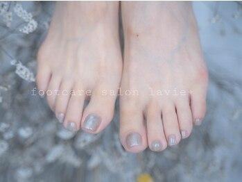 フットケアサロン ラヴィ(La Vie+)の写真/<フットケア専門サロンで美しい足元へ>足の状態に合わせた施術で悩み解消と一緒にフットネイルを楽しむ♪
