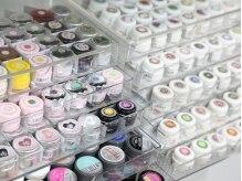 ジェルのカラーの種類は300色以上!