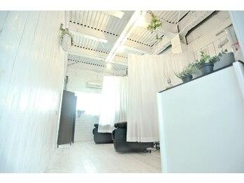 イニヘアデザインワークス(inni hair design works)(奈良県奈良市)