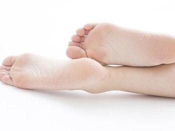 ブランビジュー(Blanc Bijou)の写真/足元まで手を抜かない貴方に・・溜まった角質を取り除きフットネイルとセットで更に美しい足元へ★