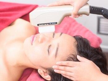 リライン(ReLine)の写真/[顔脱毛1回¥2000]美肌効果のあるマシンでうぶ毛ケアしながらフェイシャルケア♪毛穴レスな透明肌へ♪
