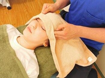 コンフォートゾーン(body cordinate salon Comfort Zone)の写真/【完全プライベート空間◎感染対策徹底で安心安全♪】デスクワークで凝り固まった首肩、目の疲れに◎