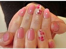 ビューティーサロン ルームフォーユー(Room 4U)/上品ピンクに赤い花