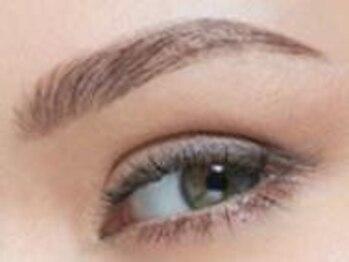 クリアボーテの写真/《話題のアイブロウメニューが登場☆》3Dアイブロウで、眉毛の流れをひとり一人に合わせて自然にセット♪