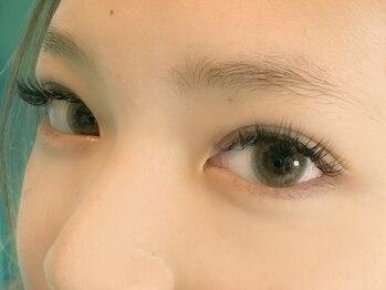 ネイルアンドアイラッシュ レーヌ(Reine)の写真/くるんと大きな瞳に変身【3Dボリュームラッシュ・フラットラッシュ・まつげパーマ】毛質を豊富にご用意♪