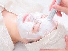 ホリスティックキュアーズ(Holistic CURES Facial&Body SPA)の雰囲気(細胞レベルからアプローチヒト幹細胞培養液導入フェイシャル)