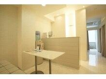 ラックス 池袋店(RAX)の雰囲気(解放感のある空間☆清潔感のある白を基調とした店内!)