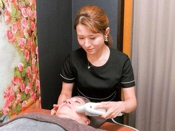 モアメーム 赤坂店の写真/医療提携サロンが提案★最新鋭ハイパーソニックハイフは、有名美容専門家による施術でたるみを徹底改善!