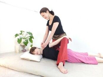 マナローザ(Mana Rosa)の写真/【全身本格タイ古式マッサージ60分¥5900】身体と心がふわっと解放される感動を癒し空間で是非ご体感下さい