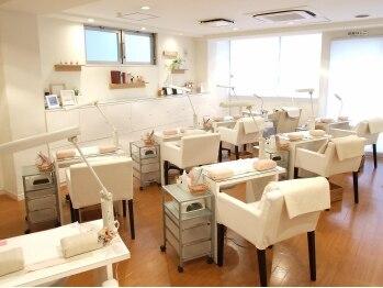 ネイルサロン アビー 新宿西口店(abbie)                  の写真