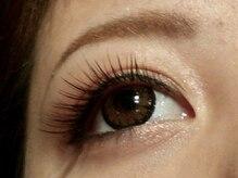 シナール ブラン(Sinar bulan)の雰囲気(国産の低刺激グルーで睫毛、瞼に優しく特殊毛使用でグンと長持ち)
