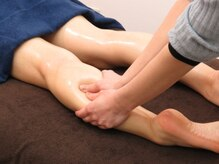 リラックスサロン ワサビ(WASABI)の雰囲気(痛気持ちいい施術で脚のだるさを改善♪)