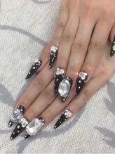 エムアイネイル(MI nail)/スカルプアートつけ放題¥11980
