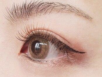 ミュラ 本店(Myrrha)の写真/初めてのカラエクも、髪色・カラコン・瞳の色に合わせてご提案!!ワンランク上のお洒落を楽しみたい方に◎