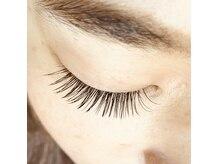 アイラッシュサロン リバーブ(eyelash salon re:verb)の雰囲気(1本1本丁寧に、手の圧など細かなところまで気を配ります)