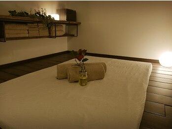 オハナテラス(ohana terrace)の写真/《お仕事帰りにも》夜22:00まで営業◎男性のお客様もアロマトリートメントをお受けいただけます★