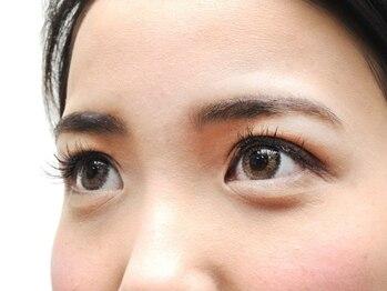 ビューティーアミューズメント 山鼻店(BEAUTY AMUSEMENT)の写真/眉の形で目元の印象、大きさまで変わる!?美しい目元は眉毛から!自信ある眉から目元に輝きを☆