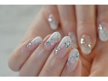 ネイルサロンブラン(nail salon BLANC)/ブルーとお花のブライダルネイル