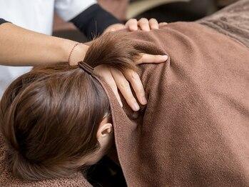 ローズマリー整体院(Rose mary)の写真/特に頭・首・肩のこりにお悩みの方へアプローチ♪