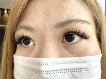 パールアイラッシュ(Pearl eye lash)/左右違うカールと長さ