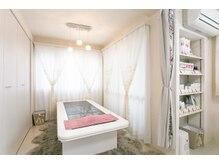 ナノハナ(Nanohana)の雰囲気(特殊な岩盤ベッドで温活をサポート致します。)