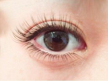 ルーモス アイラッシュサロン(Lumos)の写真/【ご新規様限定☆120本オフ込¥4000】大人女子も目元は可愛く♪モテ可愛な瞳で周りの視線もくぎづけ!