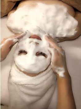 ミマ メディカルエステ(MIMA MEDICAL ESTHE)の写真/【次世代ハーブピーリング陶肌トリートメント¥10000】国産ハーブ+生酵素+幹細胞の力で毛穴レスの美肌に♪