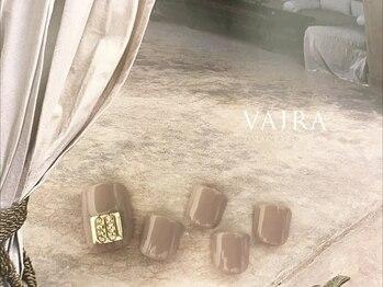 ヴァジュラ(VAJRA)/18040円(税込)