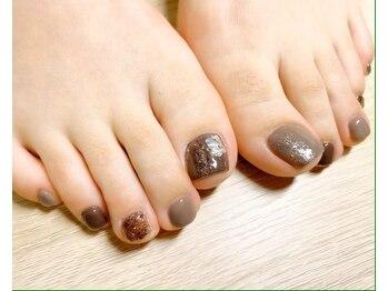 ネイルサロンアンドスクール ミュー(Nail Salon & school mieux)/《FOOTの季節♪》シェルネイル☆