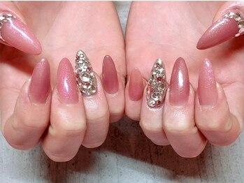 アールローズ(R-rose)の写真/爪が短い,小さい方でもスラッと伸びた綺麗な指先に―自爪のような自然な仕上がりで美しく魅せるネイルを♪