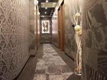 プレミアム全身脱毛サロン シースリー 札幌大通店(C3)/ブース多数で予約も取りやすい