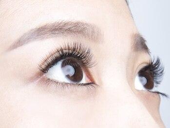 アイラッシュサロン ブラン イオンモール堺鉄砲町店(Eyelash Salon Blanc)の写真/【極柔4D(3D)ボリュームラッシュ】ふわふわ&柔らかさに感動♪高密度でも自然な目元☆細い/少ない方にも人気