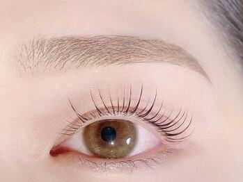 オクターブ(Octave)の写真/【眉ワックス脱毛】お顔の印象の決め手は眉毛!キレイな形に整えてなりたいお顔にグッと導きます♪