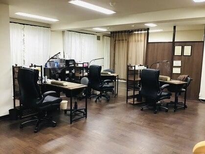 ネイルルーム 千美(room)の写真