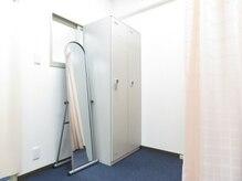 ホクトカイロプラクティック(HOKUTO)の雰囲気(更衣室完備!お仕事帰りにもサクッと通えます◎)