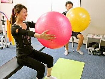 加圧トレーニング ファミィ(Famee)の写真/話題の≪加圧トレーニング≫体験¥2000♪1対1だから頑張れる!効率的なシェイプアップで理想のボディへ♪