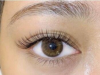 ニューラインアイプラス(New Line eye+)の写真/【大人気☆超軽量で高持続!!フラットラッシュ取扱い◎】話題の最新素材です♪平日21時半まで営業◎