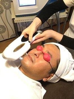 ニキビケア 毛穴研究所 立川店の写真/完全個室で男性でも通いやすさ◎都内他4店舗でも実績多数の実力店でお肌の悩み徹底改善!メンズヒゲ脱毛も♪