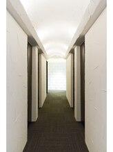高級ホテルのような上質空間サロン