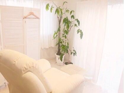 eyelash room Fluffy 【アイラッシュルーム フラッフィー】(原宿・表参道・青山/まつげ)の写真