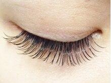 アイラッシュサロン ベティ(Eyelash Salon ~Betty*~)の雰囲気(瞳を左右対称に見せ、まつげに負担をかけないから綺麗が続く♪)