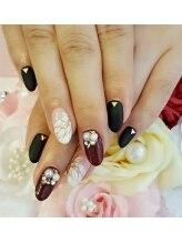 トリーシア(Nail & Beauty Salon Tri-xia)/花柄ネイル