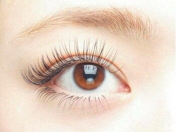 フリルアイビューティー フィガロ 北生駒店(Frill eye Beauty Figaro)の写真/【学研北生駒】華やかなボリュームのある目元にしたい方はつけ放題がオススメ☆理想の印象的な目元に♪
