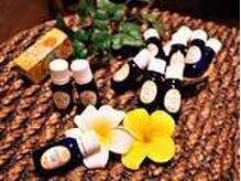 サロン ド ナチュールの雰囲気(23種類のオイルの中からその日の気分や体調によって選べます♪)