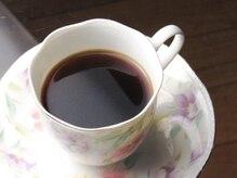 クーマ(Ku-Ma)の雰囲気(施術後にはオーナーこだわりコーヒーで一息。優雅なひとときを。)