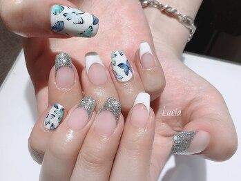 ルチア(Lucia)/バタフライネイル