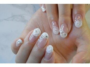 ネイルサロンブラン(nail salon BLANC)/華やかなブライダルネイル